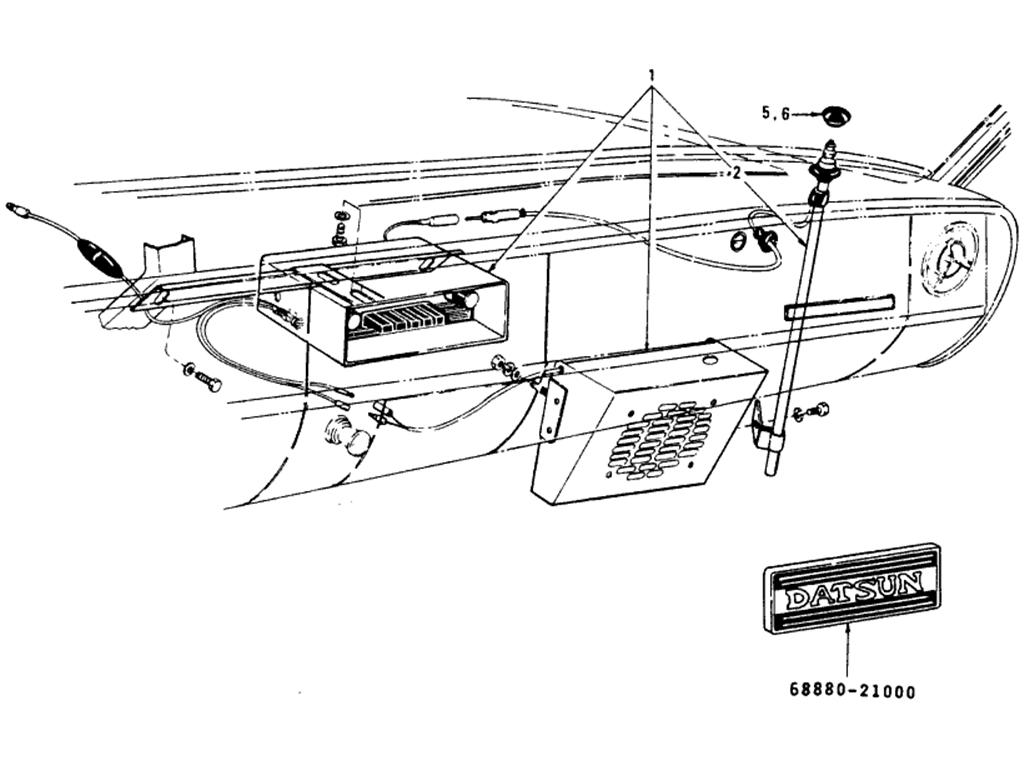 datsun 510 radio  u0026 antenna